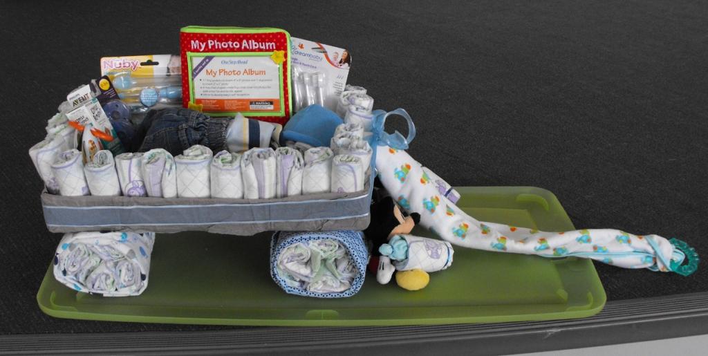 Stories of Petey - Baby's Gotta Move - Wagon